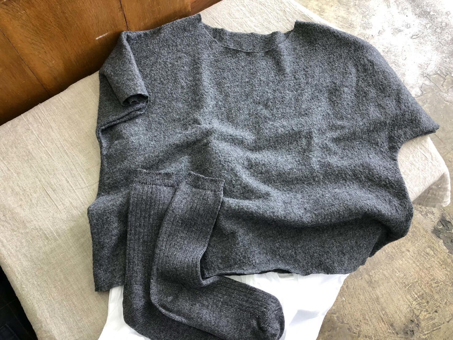 ウールの半袖ブラウス試作