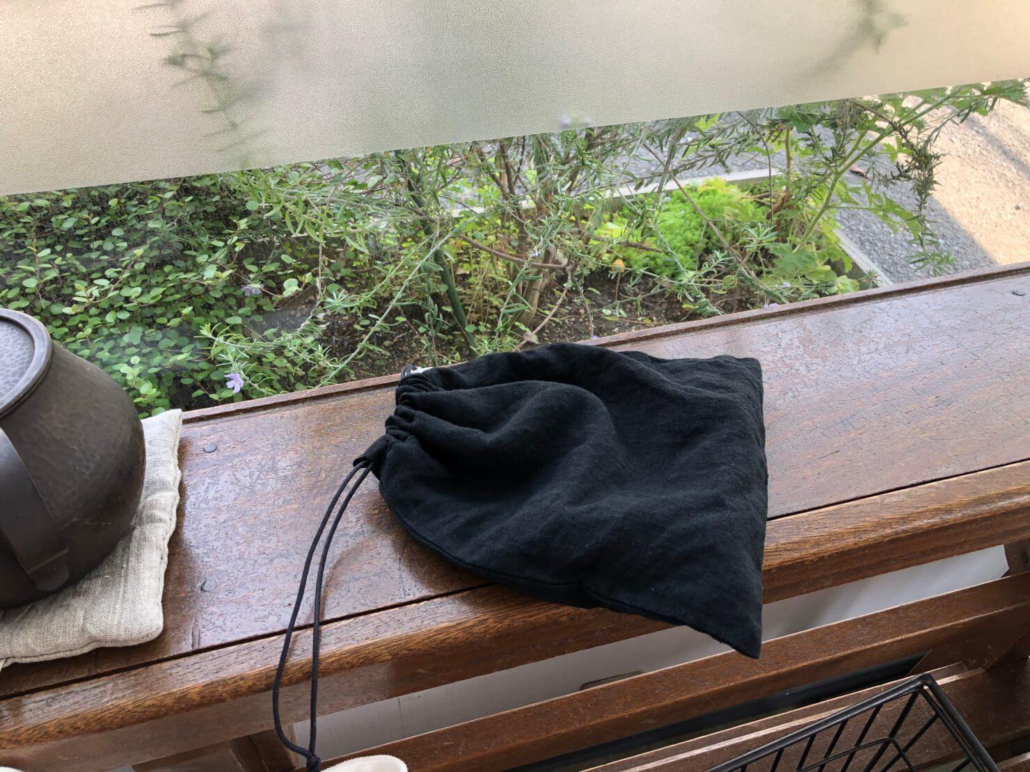 黒リネン巾着