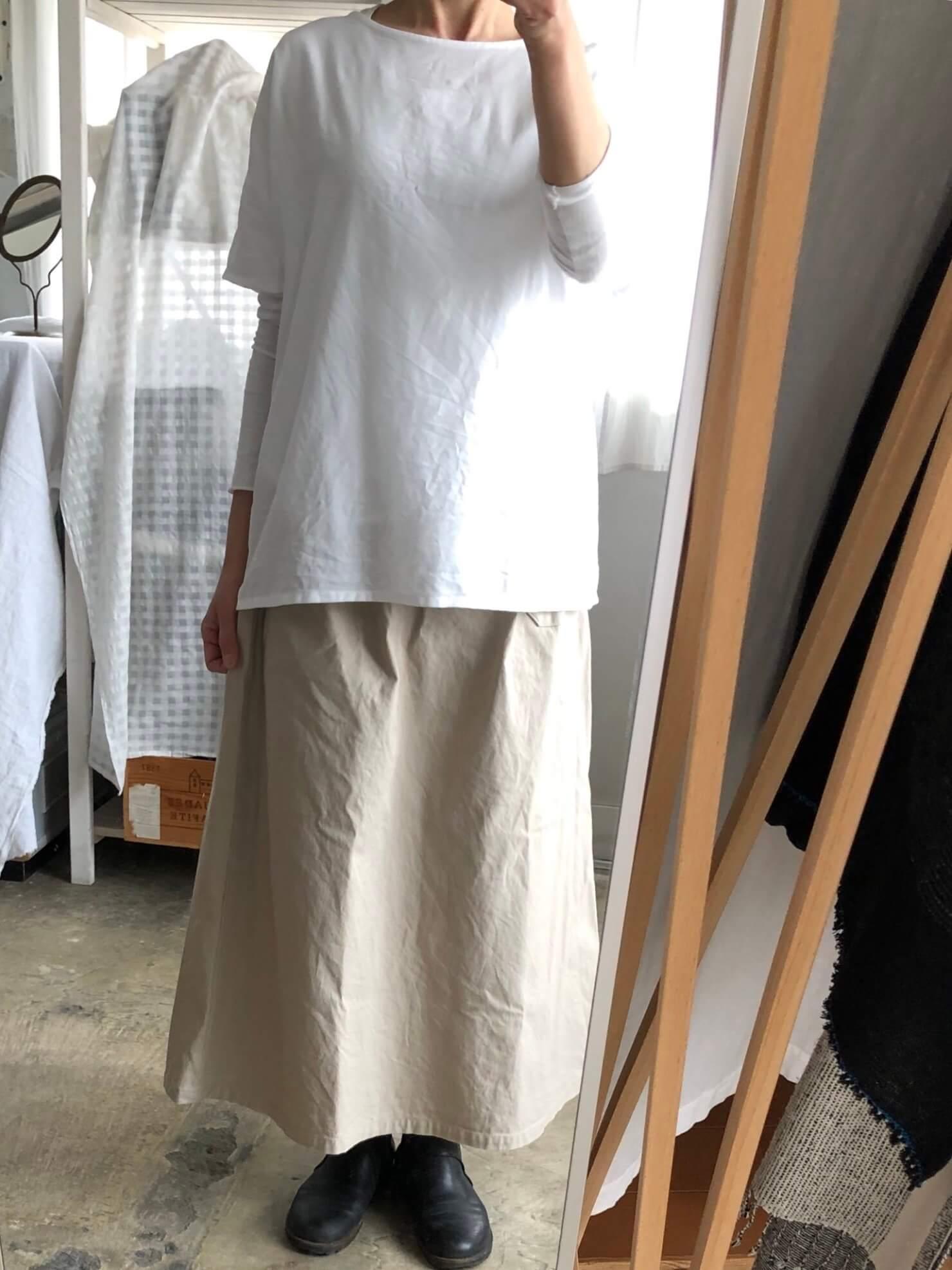白ブラウス   2