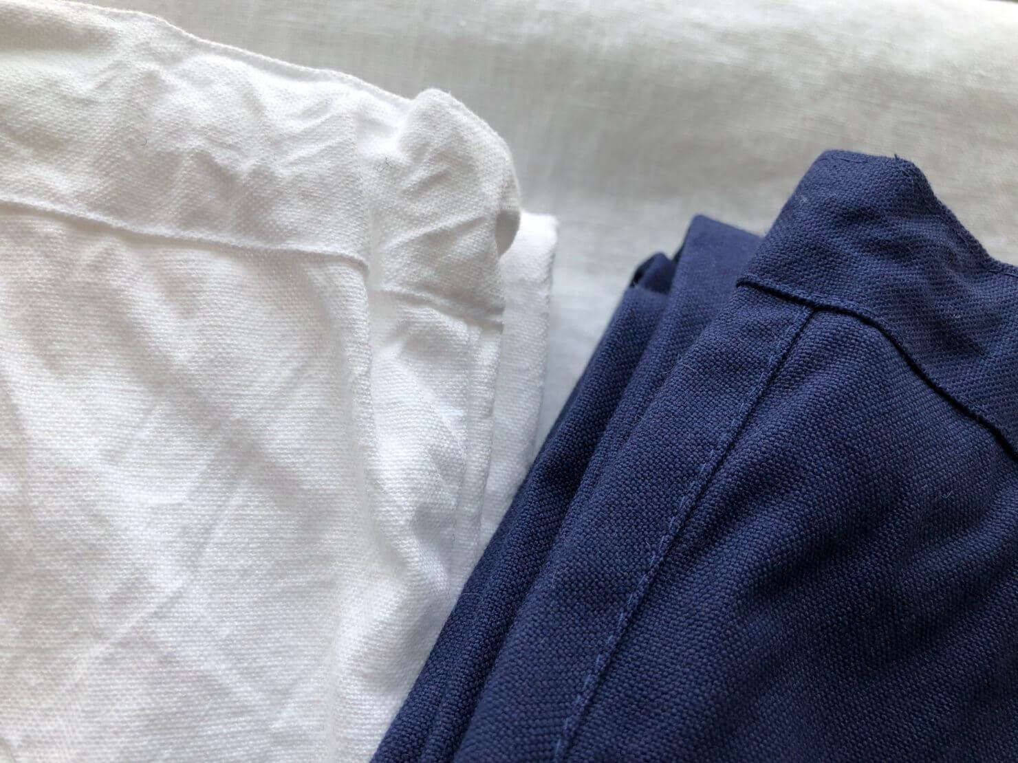白パンツとブルーパンツ