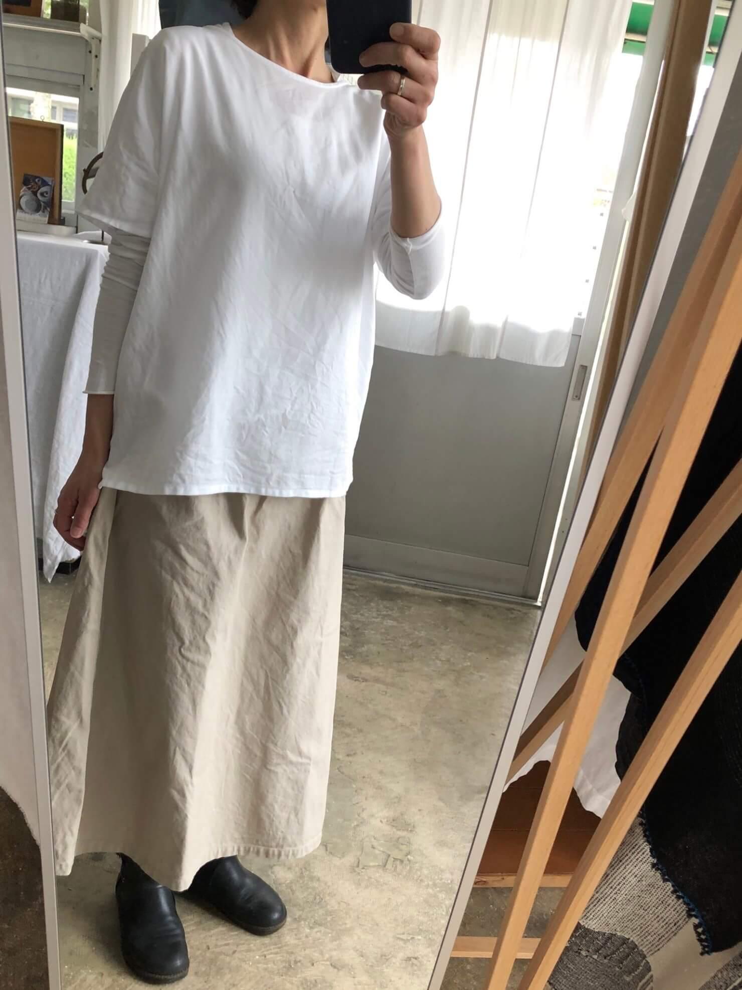 白ブラウス    1