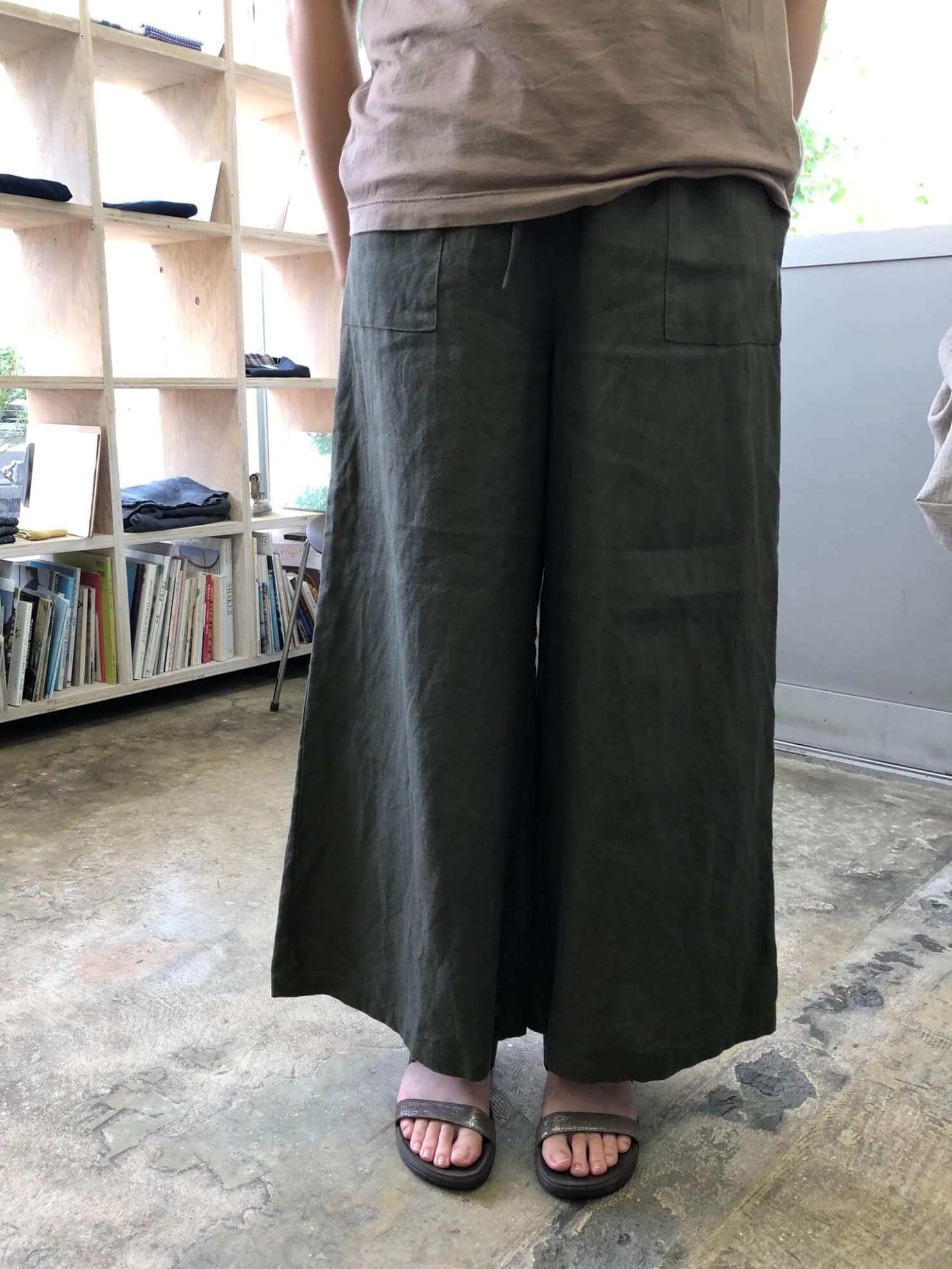 カーキリネンスカート のようなパンツ 3