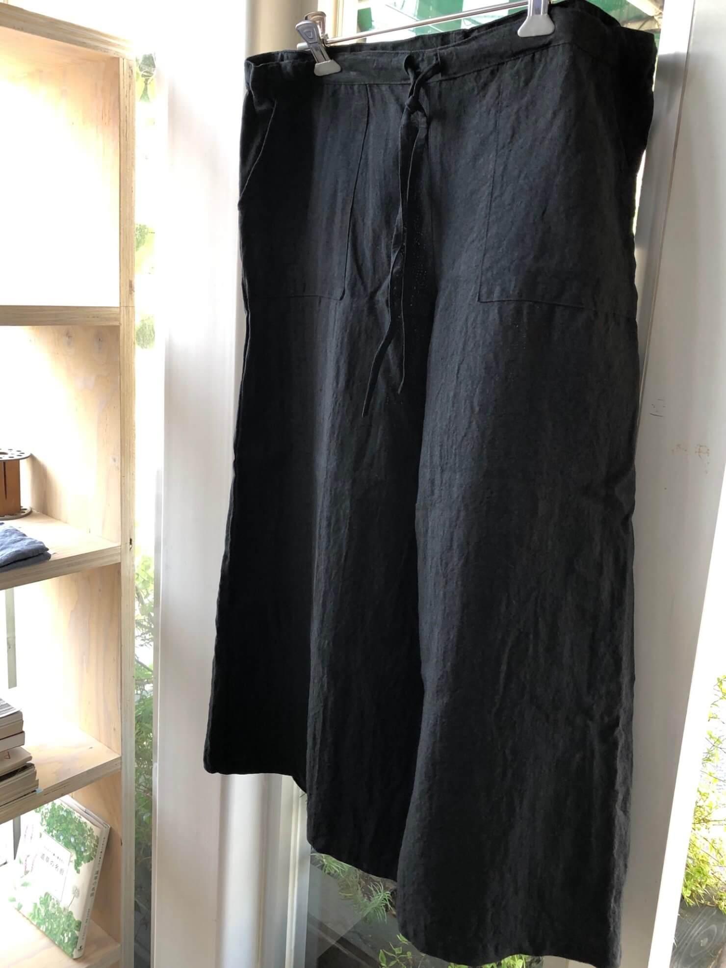 黒マットパンツ 1