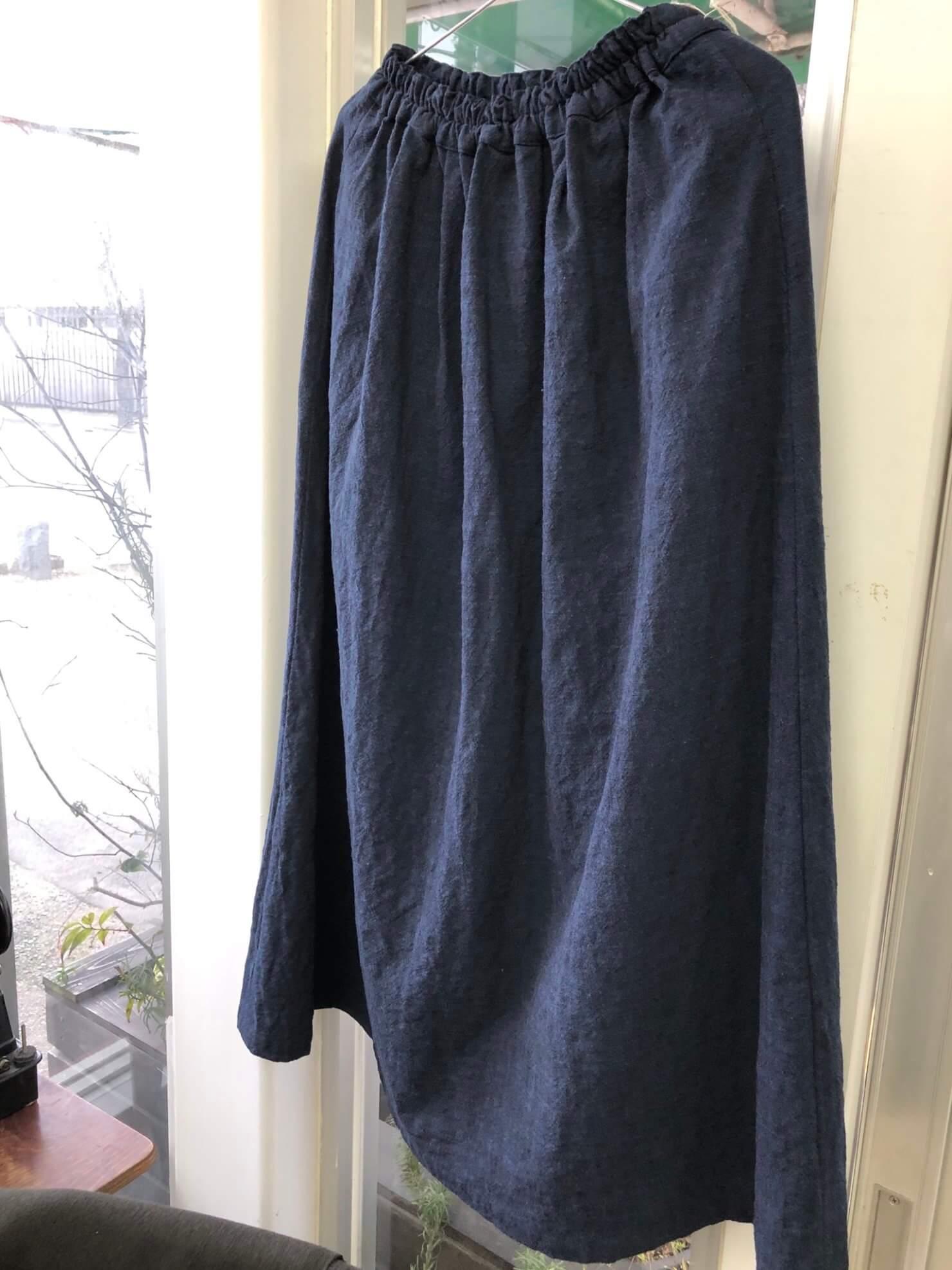 ネイビースカート 2