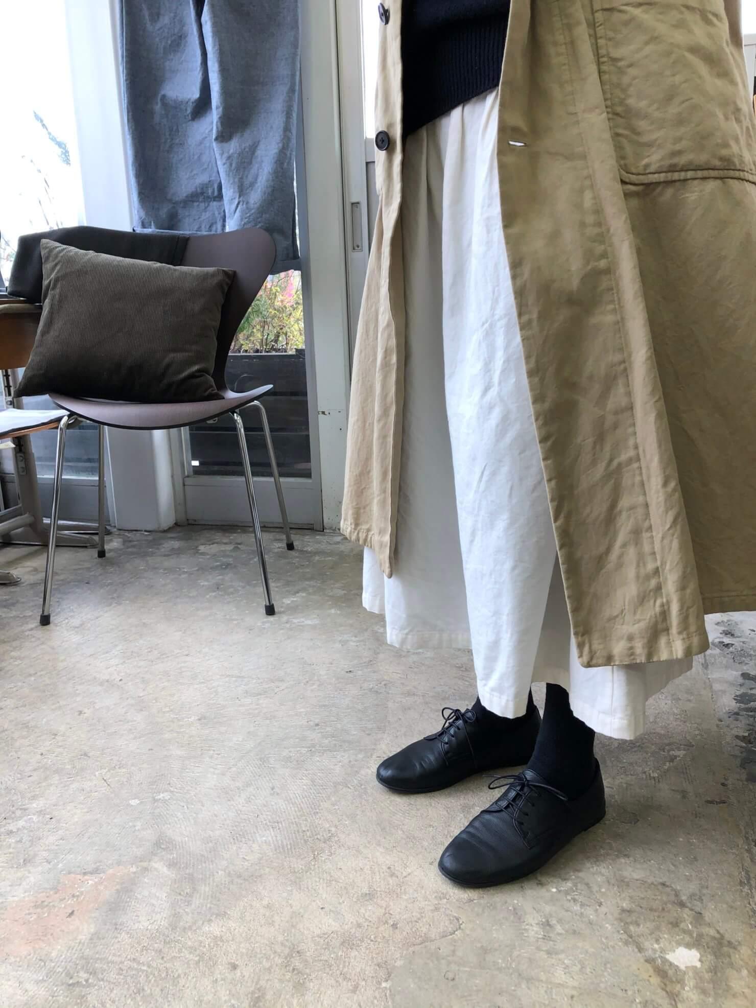 オフ白スカート   2