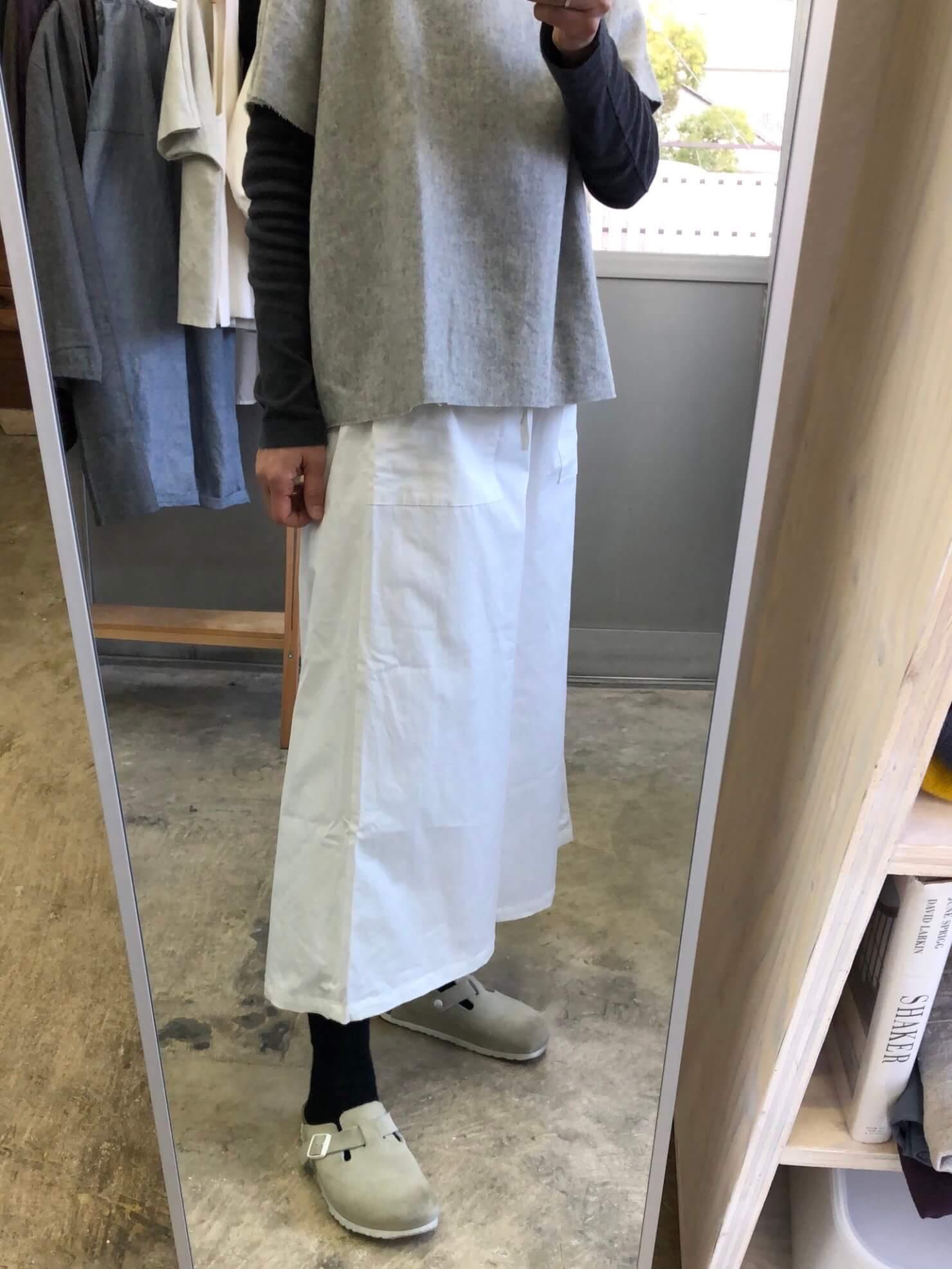 白スカート のようなパンツ58-2