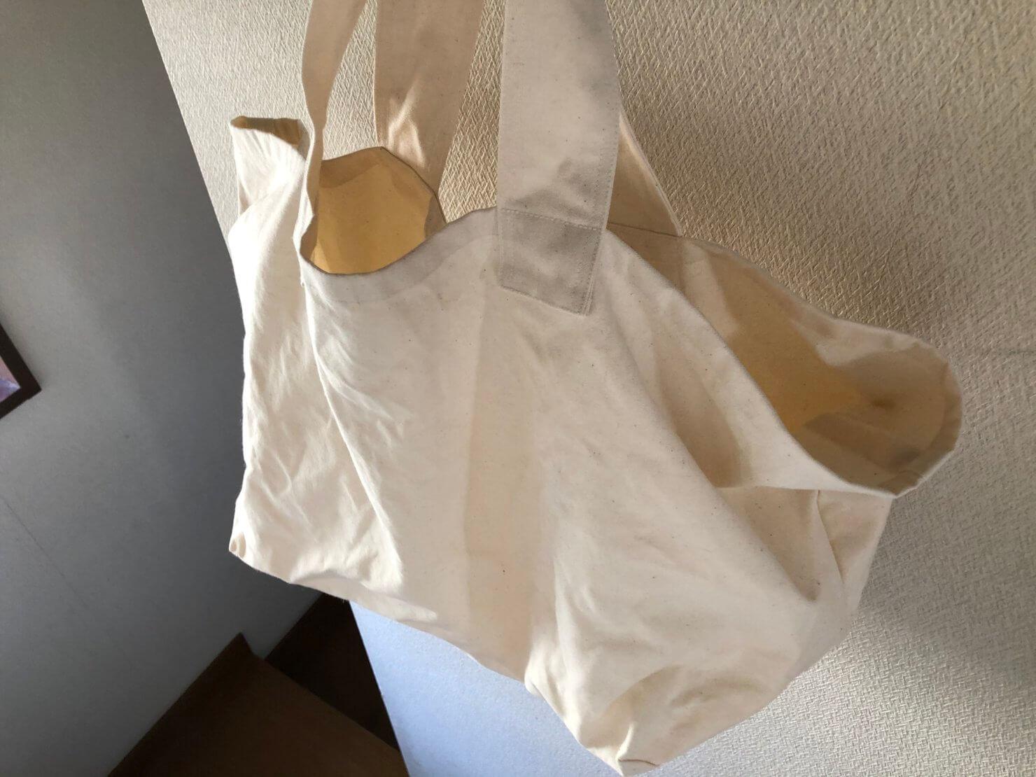 オフホワイトbag