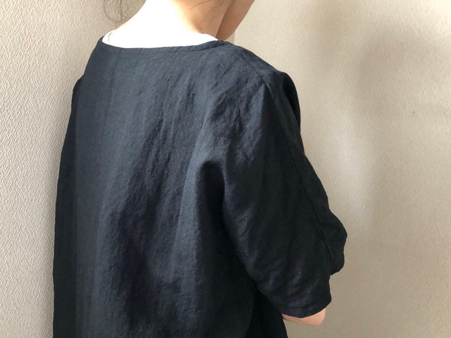 黒リネン半袖ブラウス8