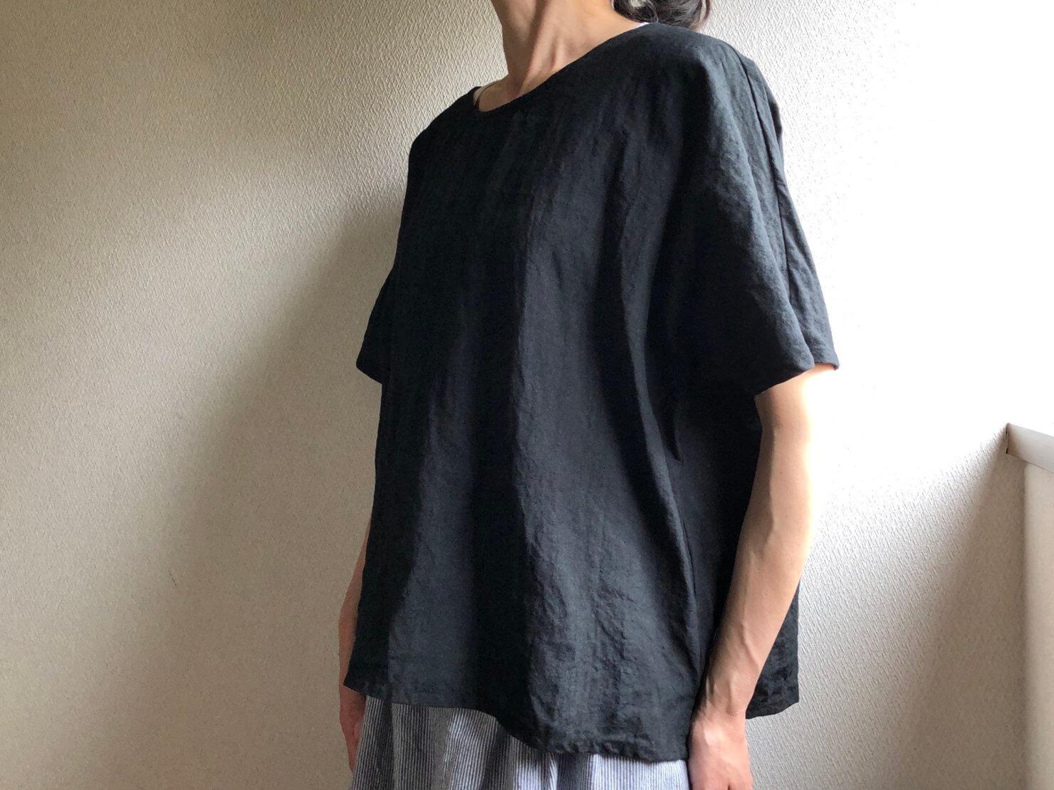 黒リネン半袖ブラウス6