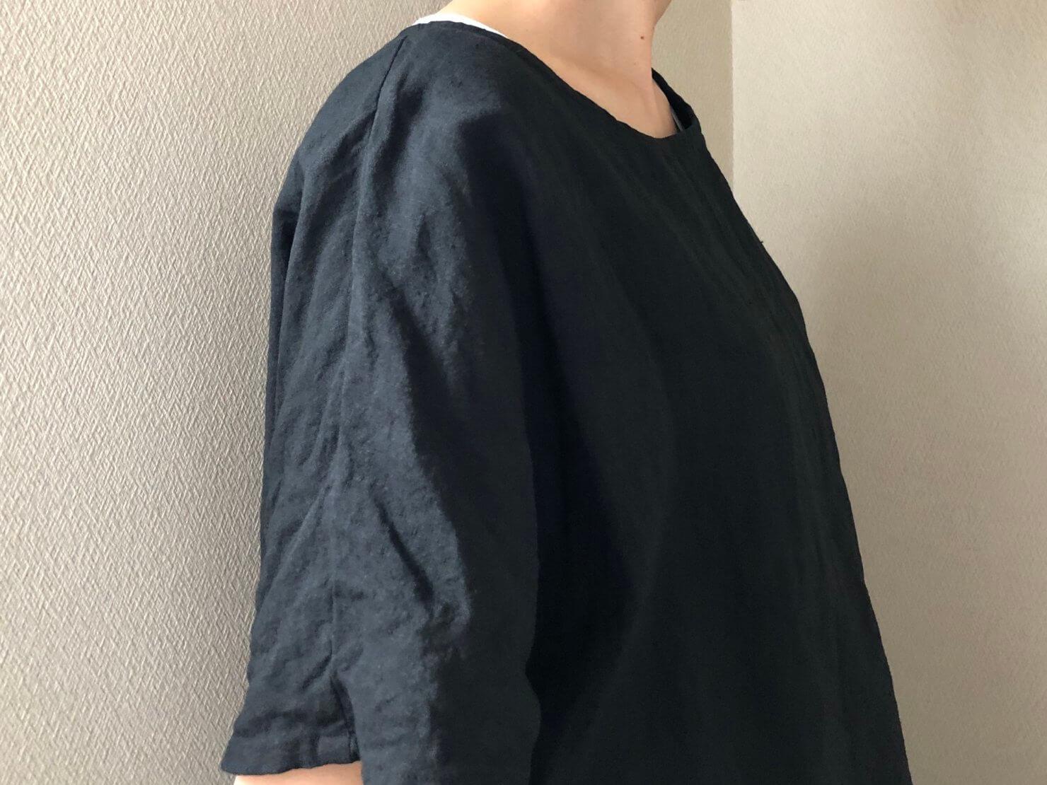 黒リネン半袖ブラウス7