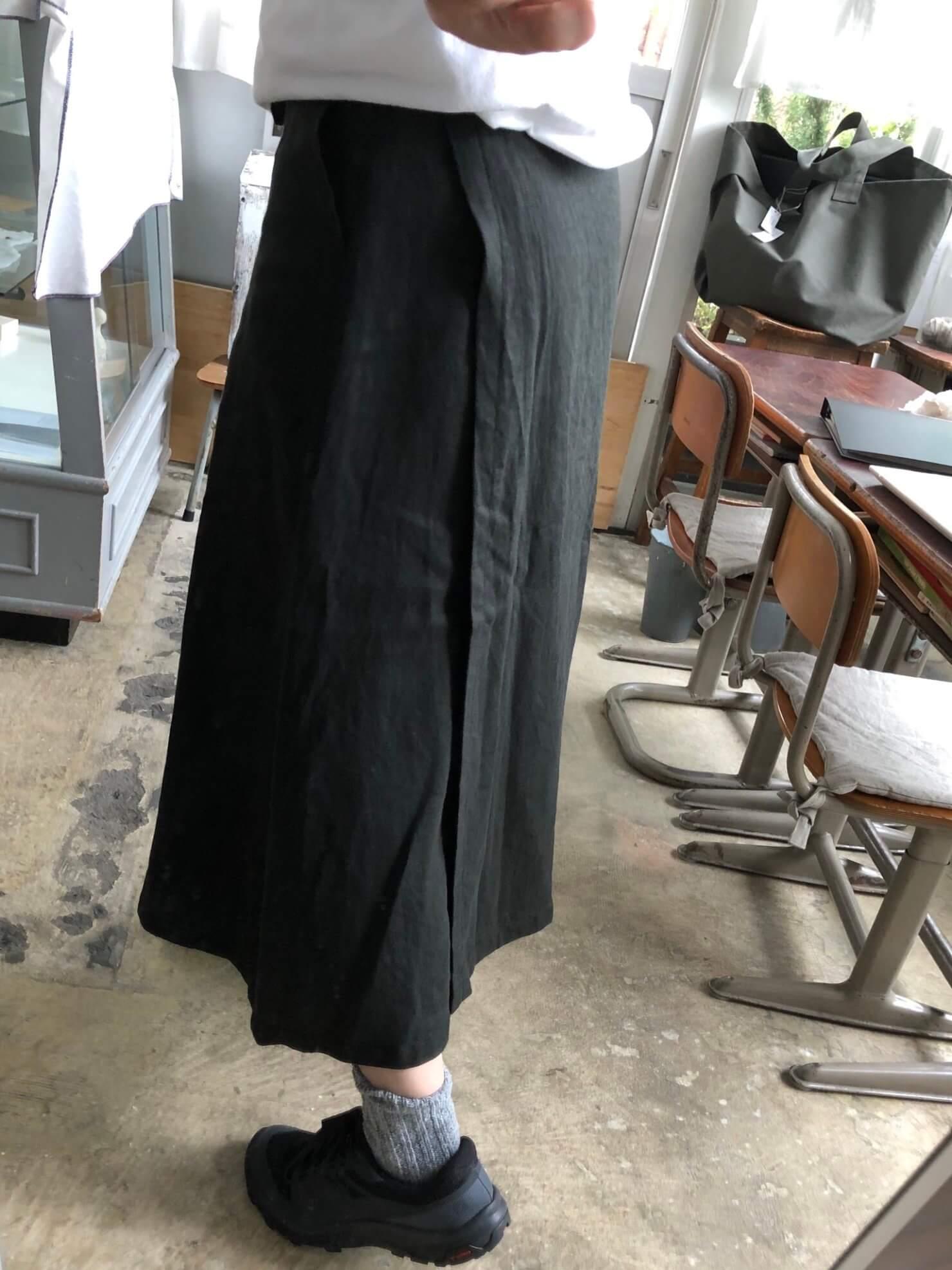 黒リネンラップスカート 77-2