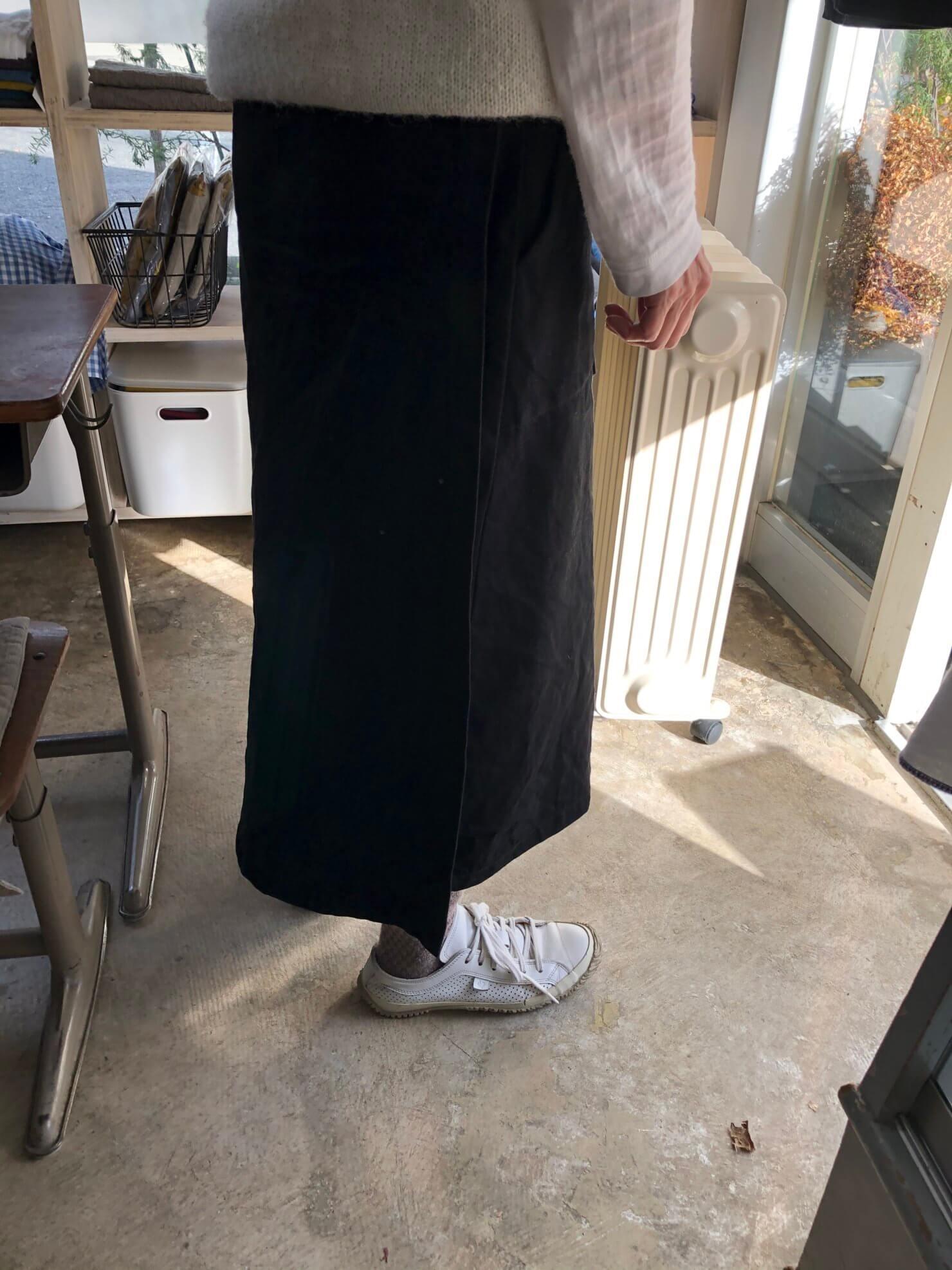 黒 ラップスカート
