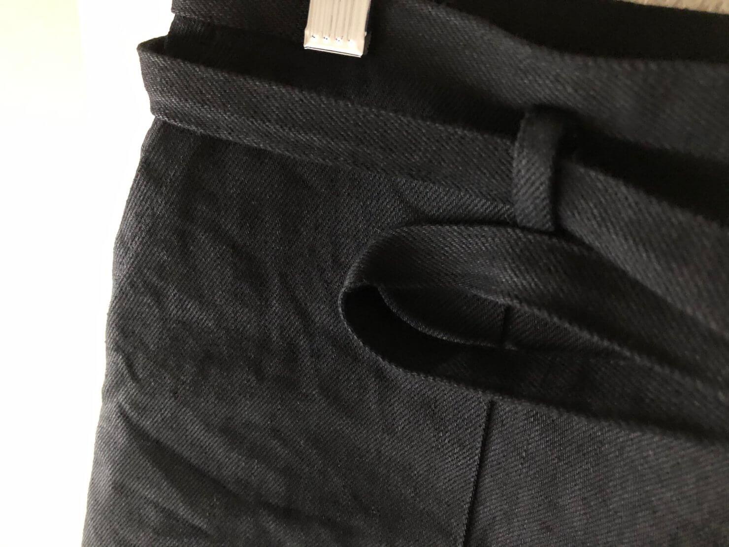黒ラップスカート2
