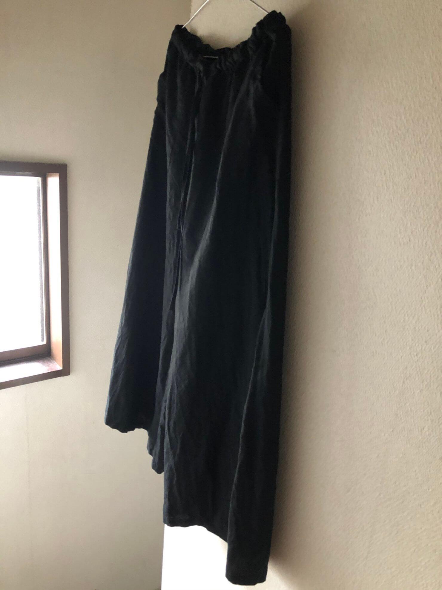 黒リネンスカートのようなパンツ